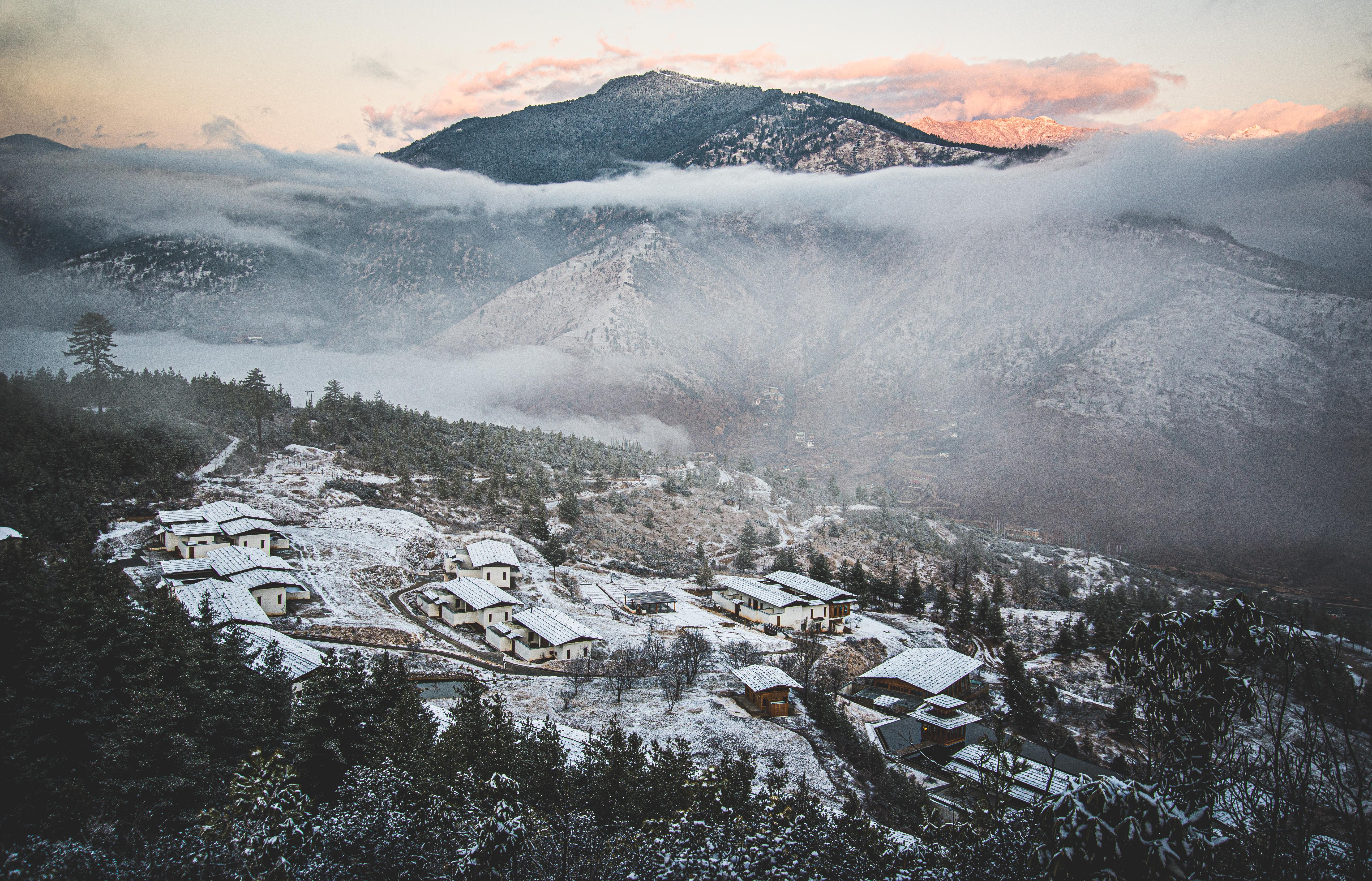 Pur. Snow over Thimphu, Bhutan