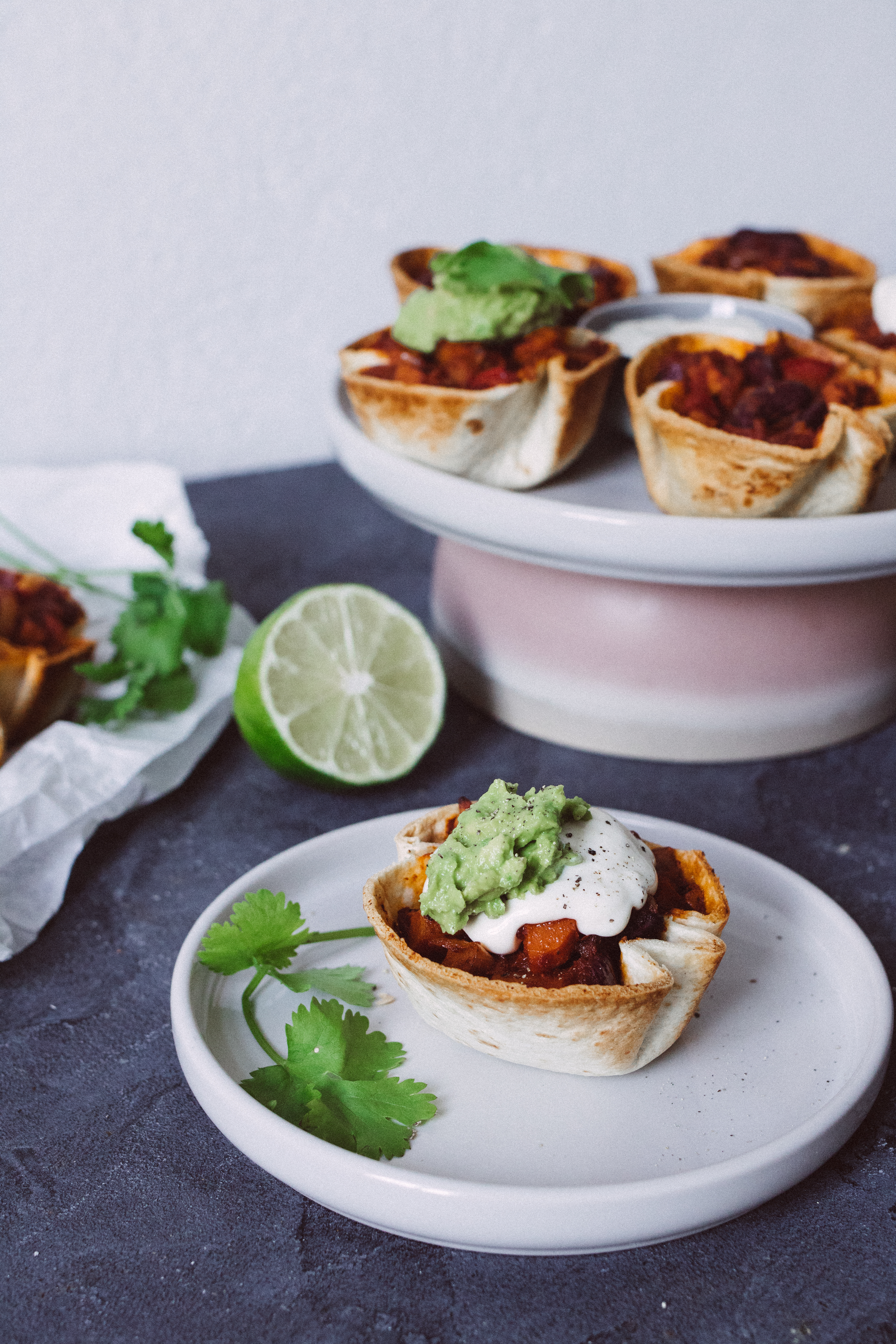 R239 Taco Cups